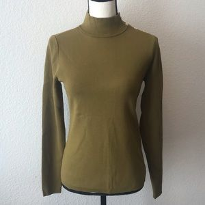 NWT Ann Taylor Shoulder Button Sweater